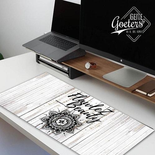 Desk Runners Beauty Black and white