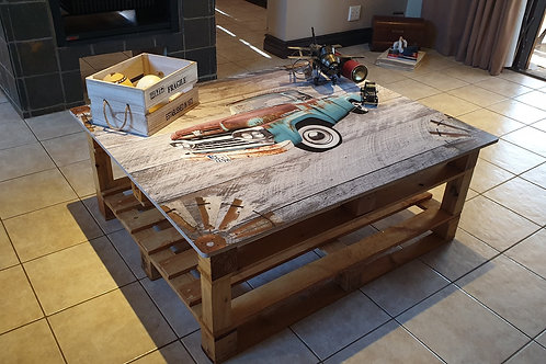 Vintage Car Printed Pallet Coffee Table