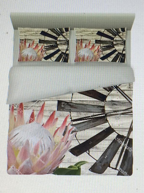 Bedding Light Pink Protea and windmill