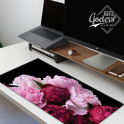 Desk Runners Floral Black and pink