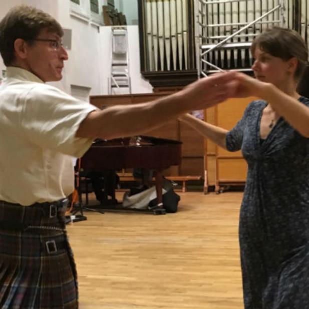 Families in London Dance Scottish