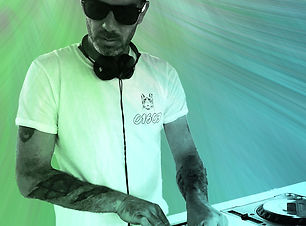 DJ Seany.jpg