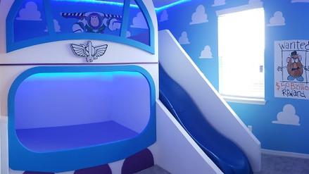 buzz light year bedroom