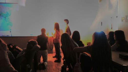 """Taller """"Llum i color"""" al CosmoCaixa BCN"""