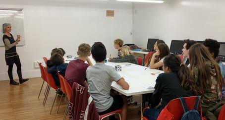 Taller de Matemàtiques per al grup d'adolescents