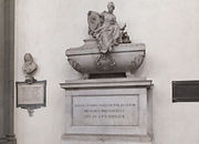 サンタ・クローチェ教会のニッコロ・マキャベリのお墓