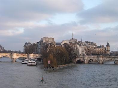 世界遺産・フランス・パリのセーヌ河岸