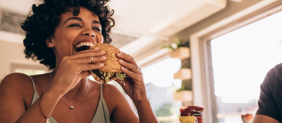 Viljestyrke under angrep – 5 tips for å bekjempe matsug