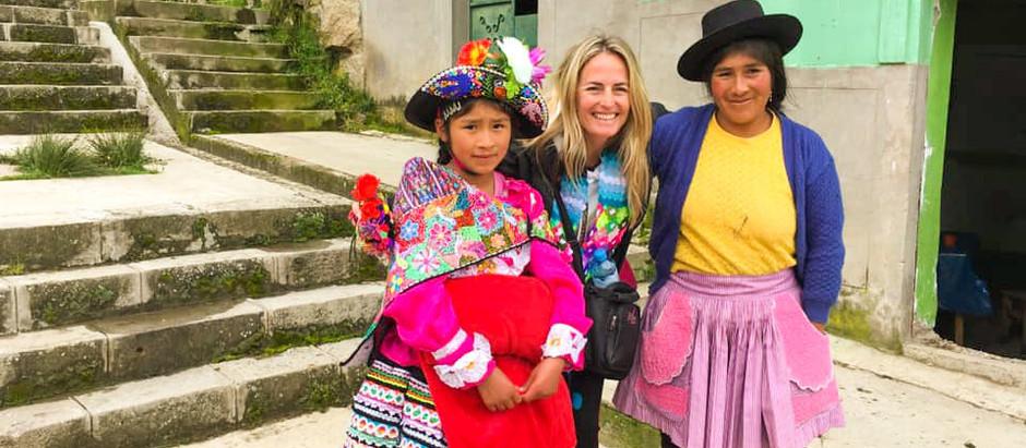 Om å endre verden med et smil: PM-International besøker 112 fadderbarn i Peru