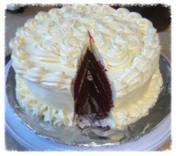 Red Velvet Cake with Cream Cheese Bu