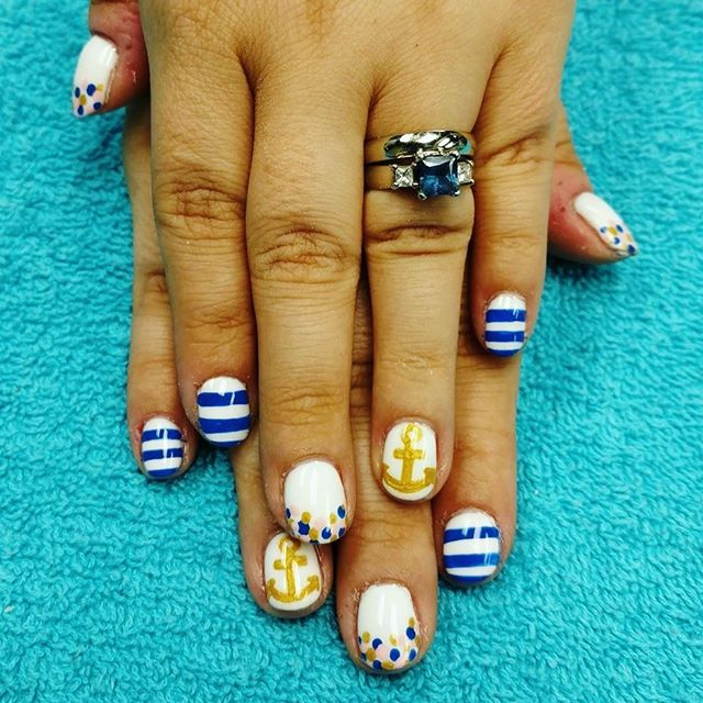 Summer nails by Carrie!! ☀️⚓️