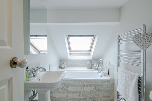 SW13_3 Bed_Bathroom_3.jpg