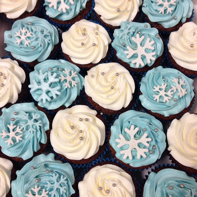 Winter themed cupcakes
