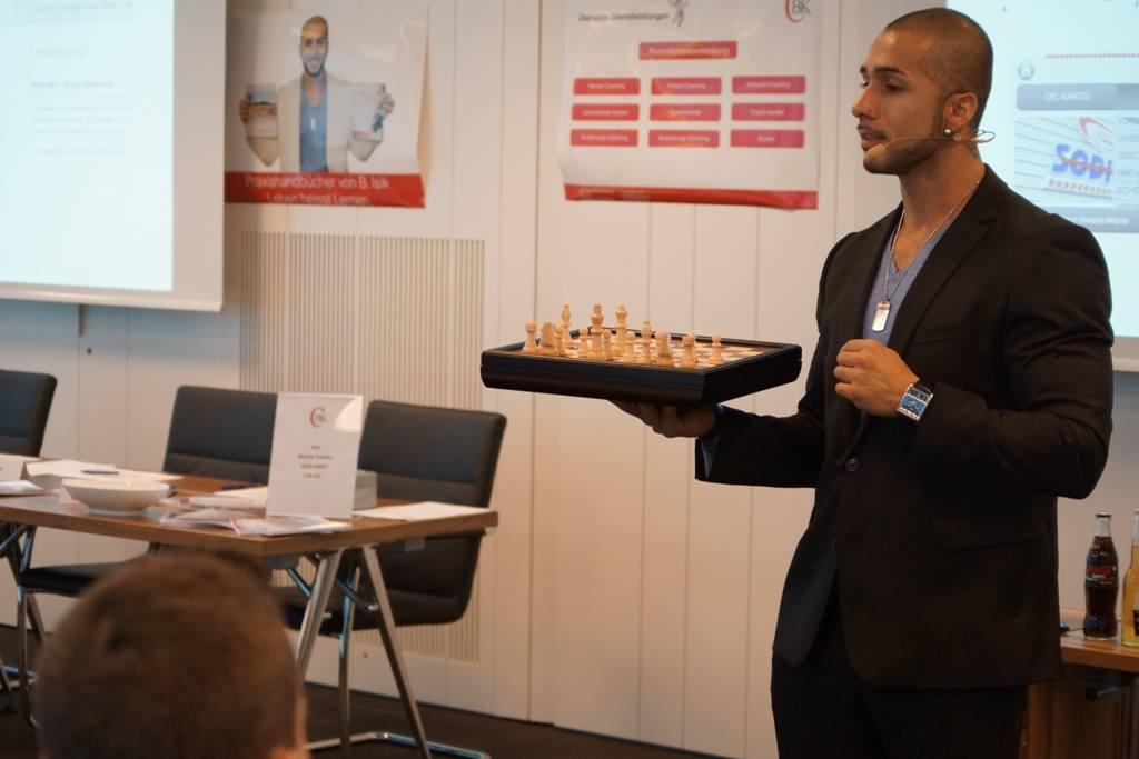 SNF Academy - Ausbildungen & Kurse
