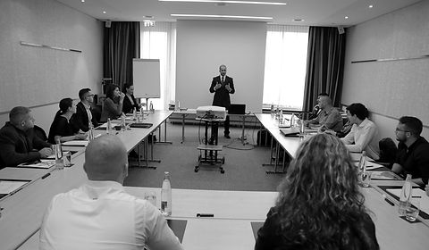 seminare reinach schweiz.JPG