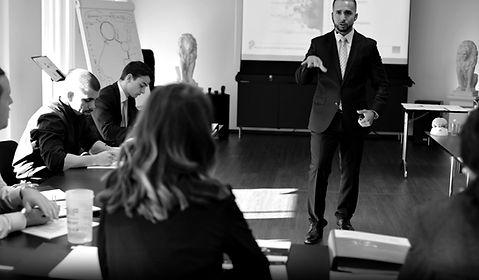 Sich selbständig machen -Ausbildungen, Kurse und Coachings für Privatersonen - Schweiz