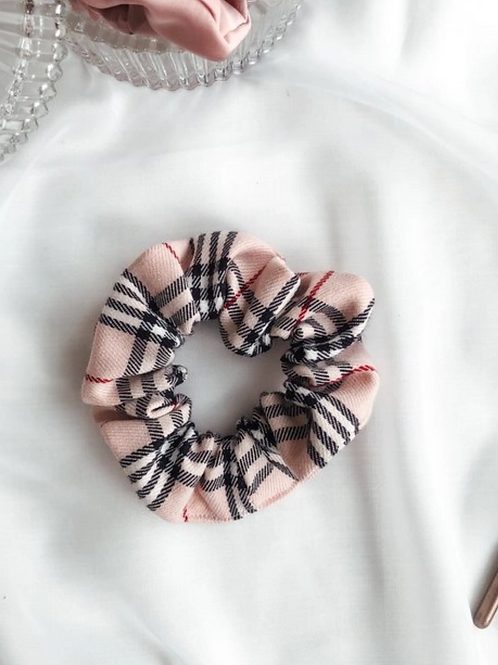 Pink Plaid Scrunchies (Pack of 2)