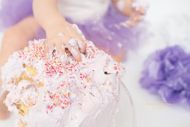 Top tips on preparing the perfect cake smash cake