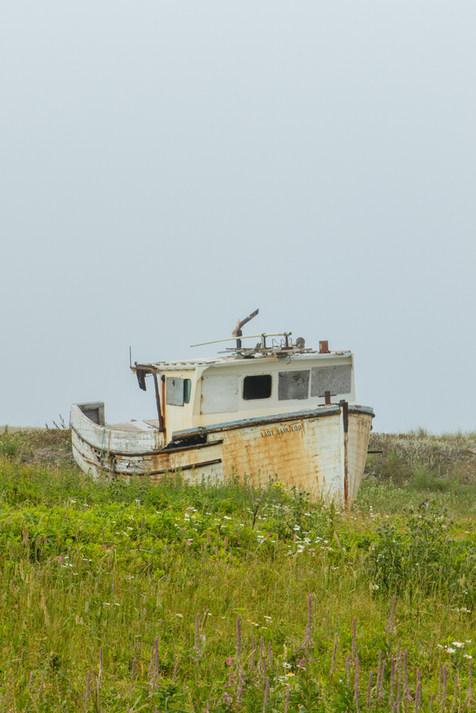 Bateau remisé, Île d'Entrée