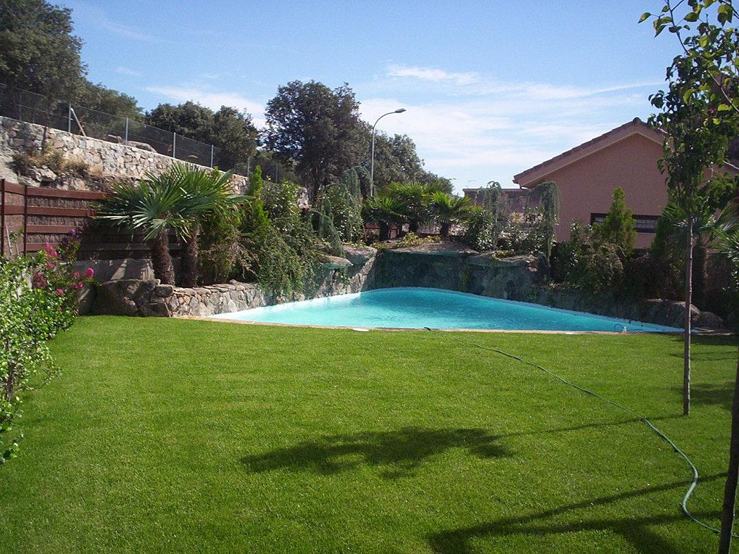 piscinas | comunidad de madrid | paisajismo jardines y sol