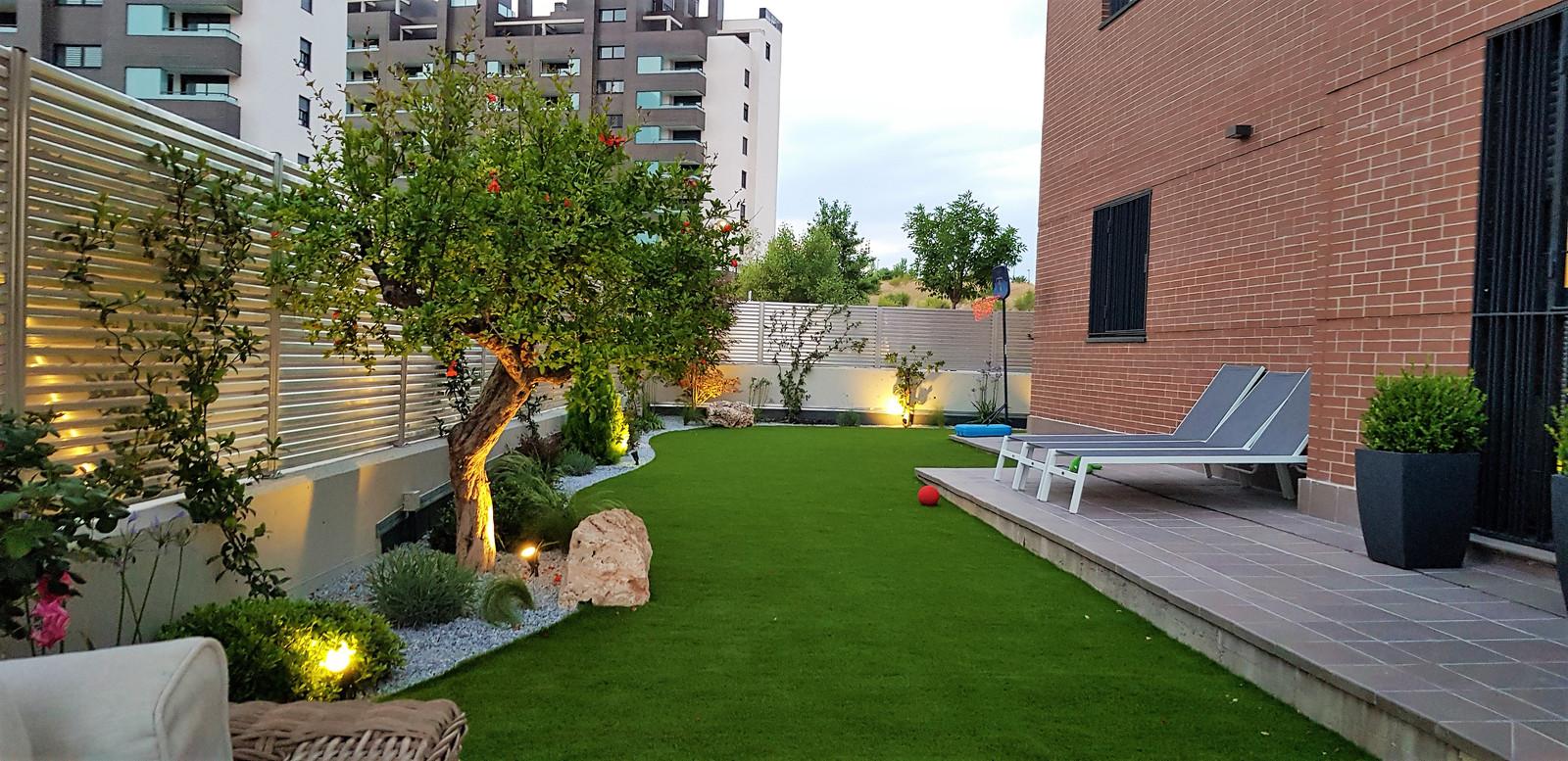 Dise o de terrazas y jardines comunidad de madrid jardinesysol - Diseno jardines madrid ...