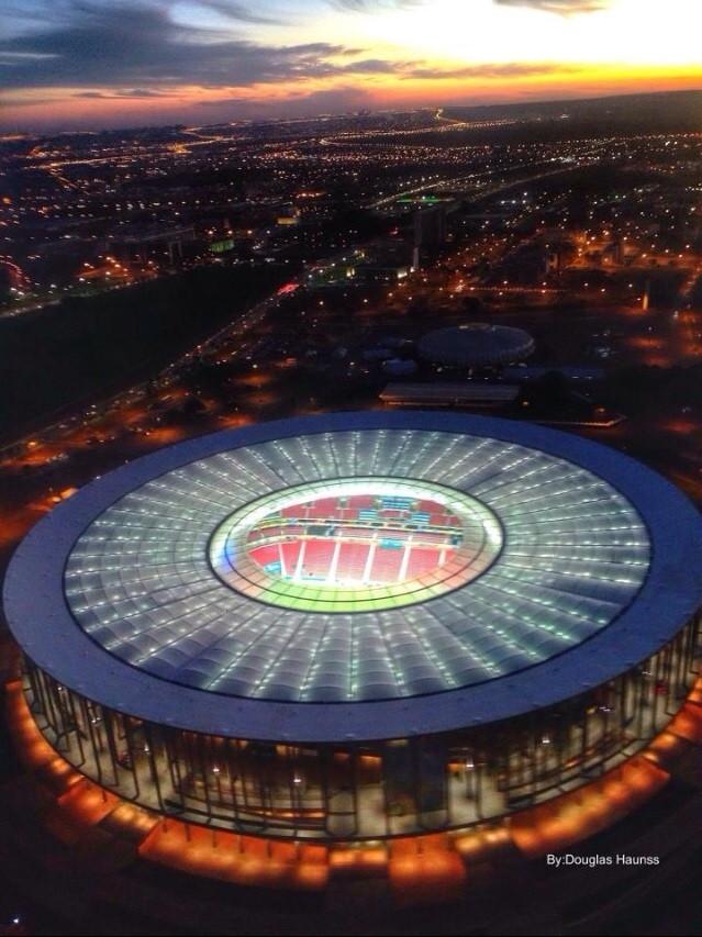 Estádio_Nacional_de_Brasília_-_foto_por_