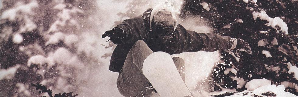 SnowBoarder_Streifen.jpg