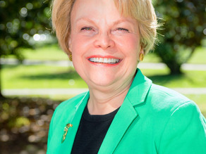 Priscilla Gautier Bornmann '68 Honored with Distinguished Service to Wesleyan College Award