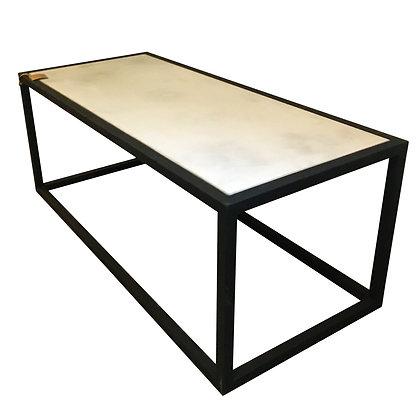 Mesa rectangular hierro y concreto