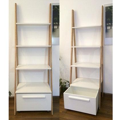 Escalera / estantería combinada con cajón
