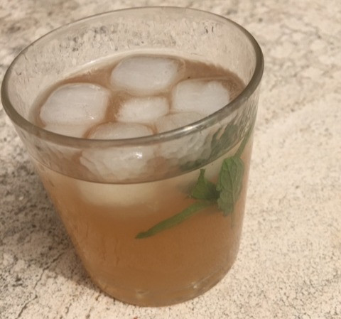 Getränk DIY-Limo Mispellimonade DIY erfrischend Sommergetränk Mispeln Garten Selbstversorgung Autarkie kalt