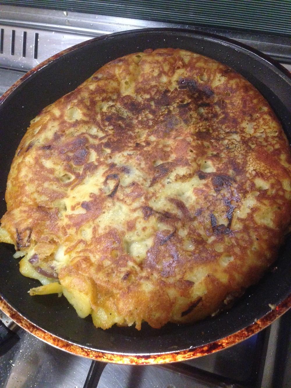 Tortilla Espanola vegan Kichererbsenpfannkuchen spanischer Art #pflanzlich #vegan Kichererbsen, Kartoffel, Zwiebel
