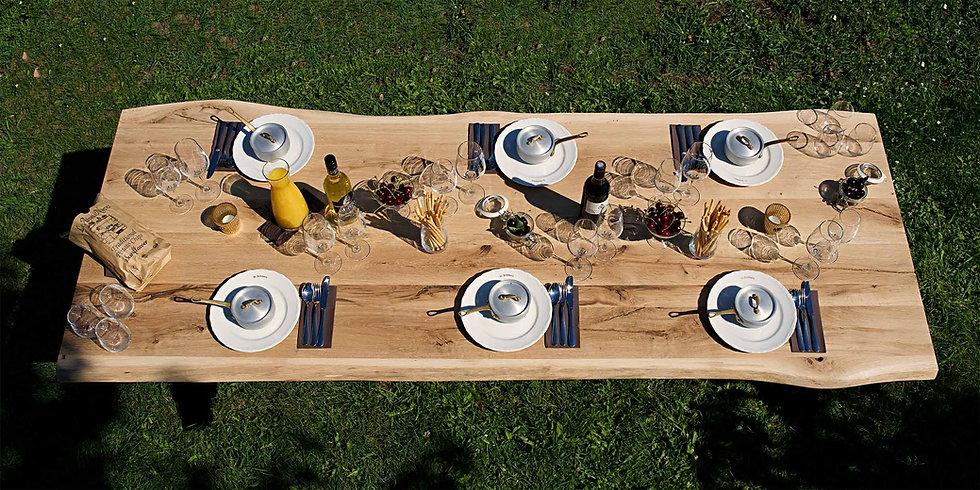 Eikenhouten tafel bovenaanzicht