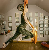 Antigravity%20aerial%20yoga%20ireland_ed