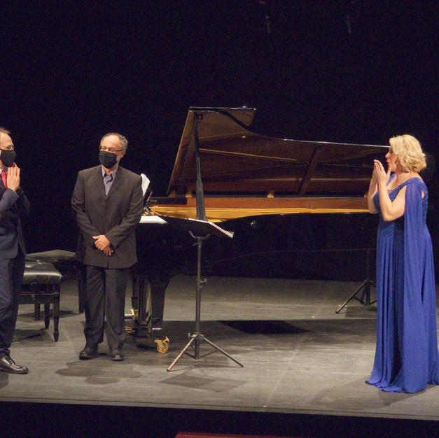 Maite Alberola, Juan Carlos Cornelles y Bussi