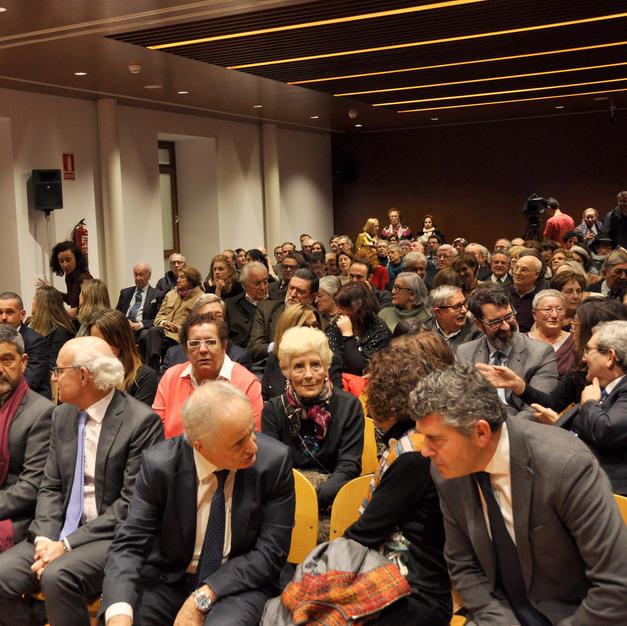 Luz Pozo Garza entre los asistentes