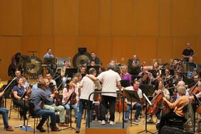 """Ensayando la Suite Sinfónica de """"La Tribuna"""" con Josep Pons al frente de la OSG"""