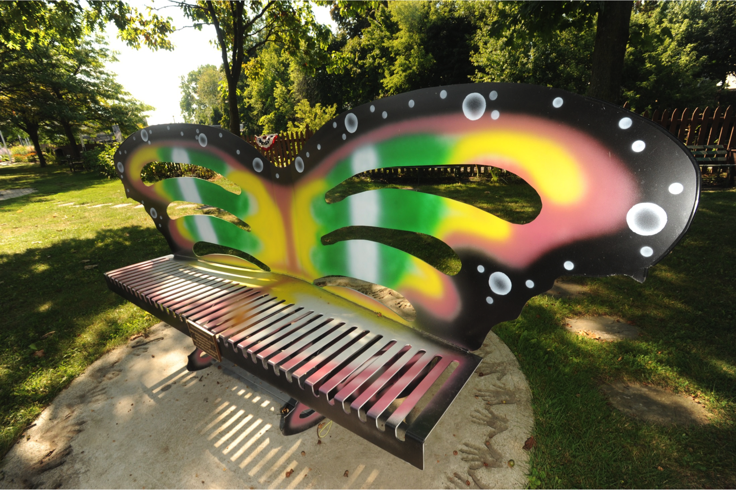 IPG Rainbow Bench