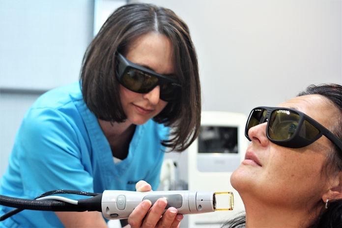 Laser skin wrinkle _ tightening.JPG