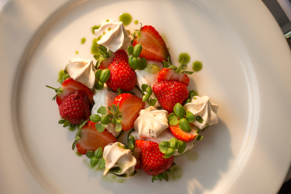 Strawberries and meringue