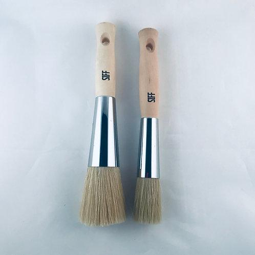 comfort-handle-stencil-brush-01