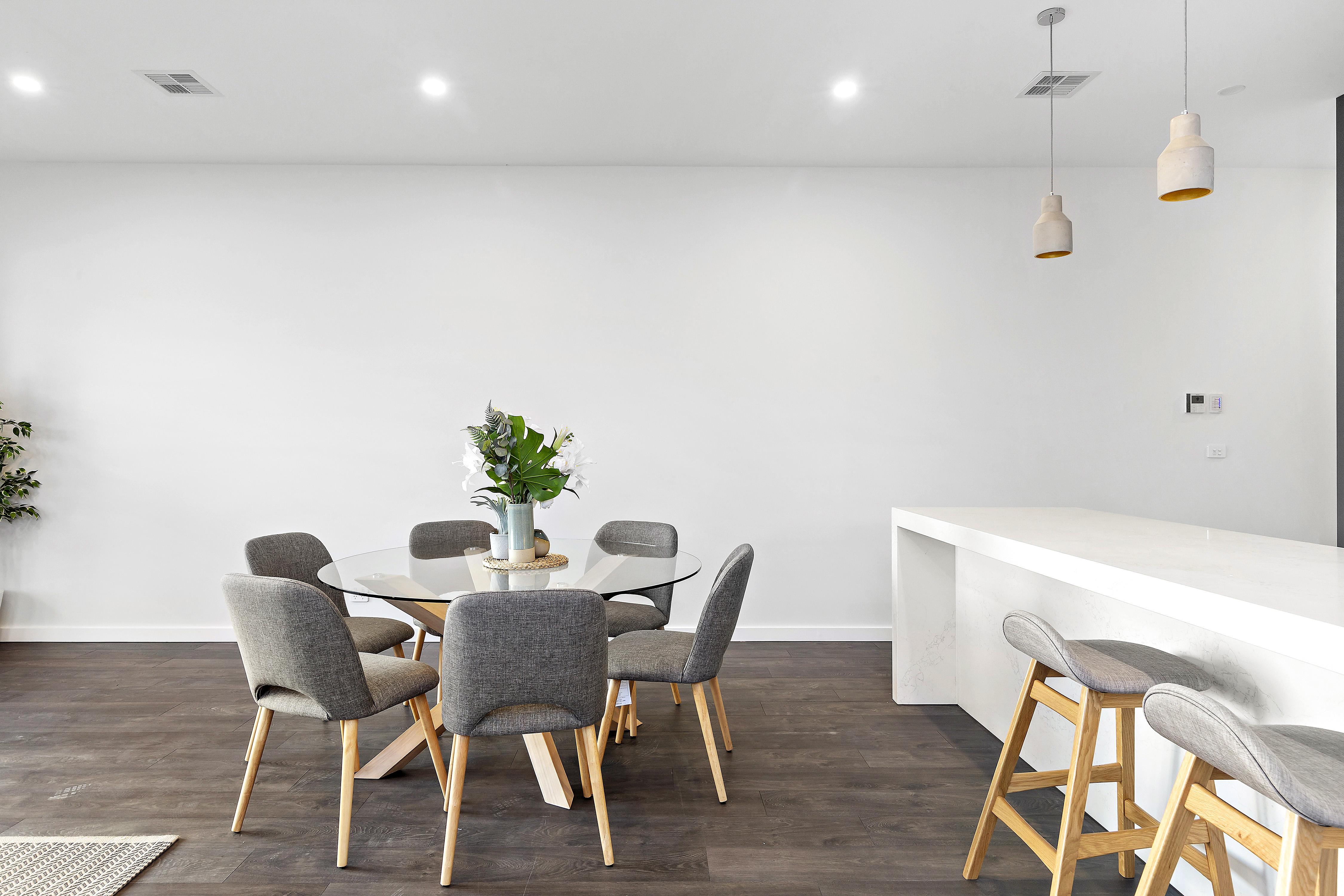 9-Dining Room