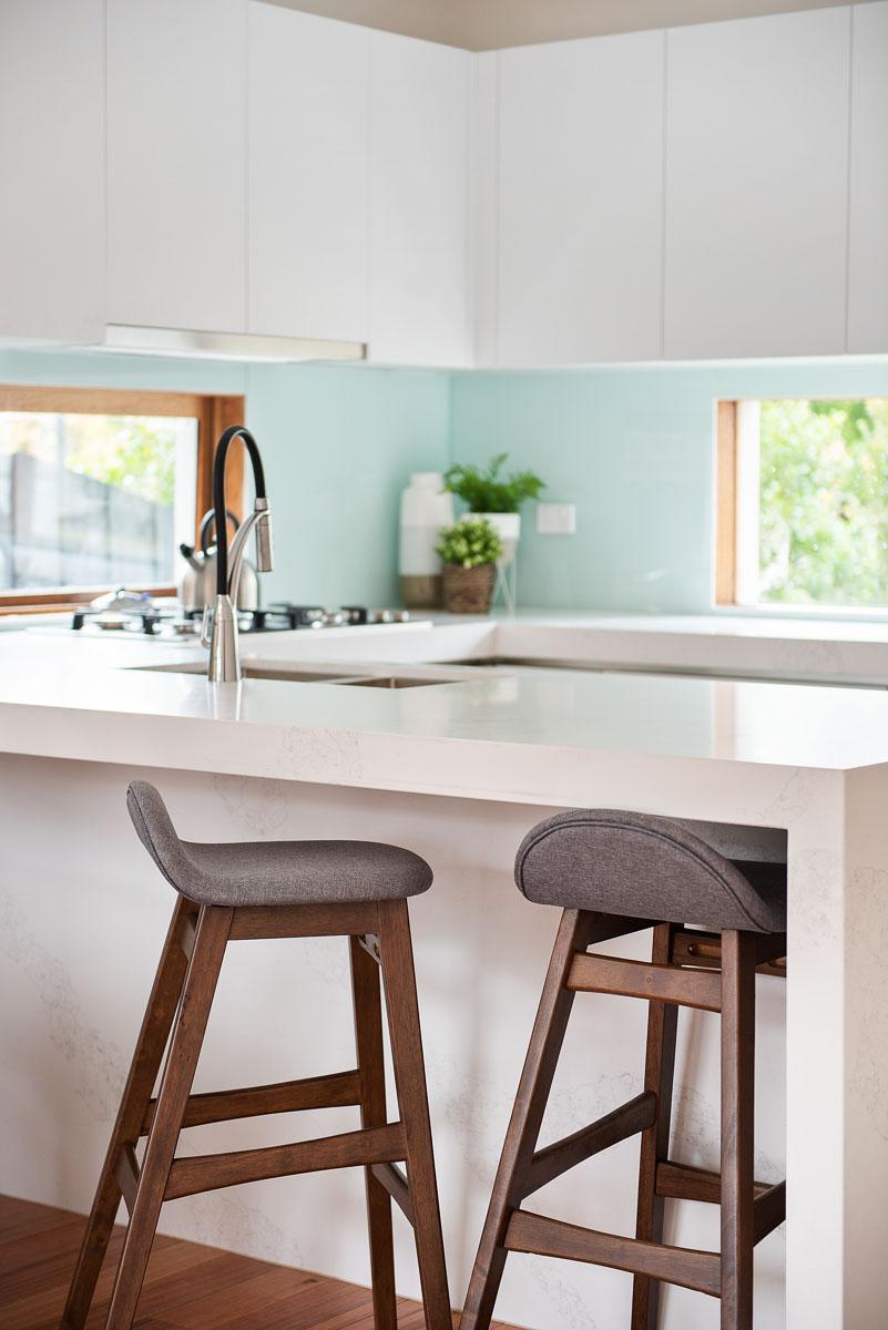 1-11-Montpellier-kitchen1