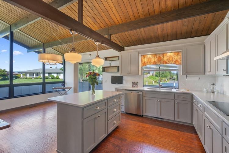 Island In The Kitchen Remodel Design Ideas