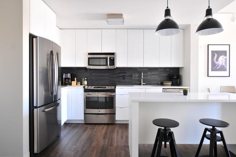 Kitchen Design with Black Backsplash