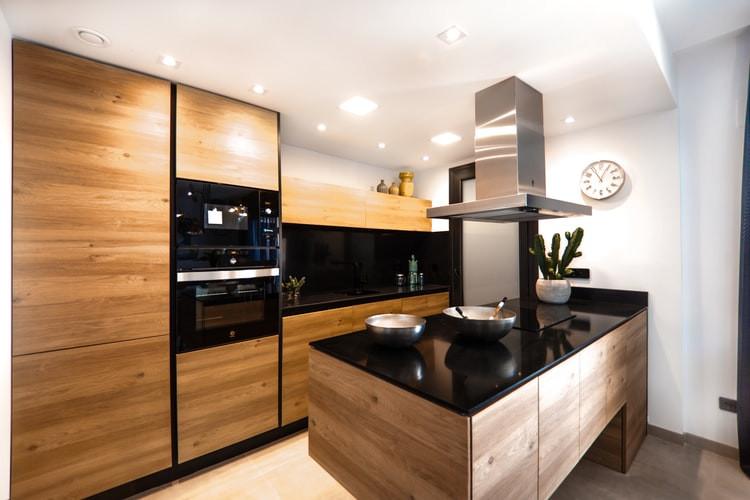 Modern Kitchen Renovation Idea