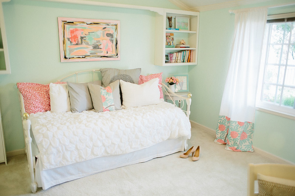 Mint Green Bedroom Remodel Concepts With White & Pink Combination
