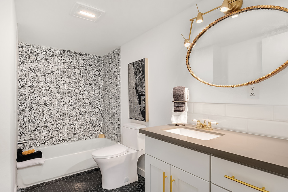 Small Bathroom Remodeling Concept