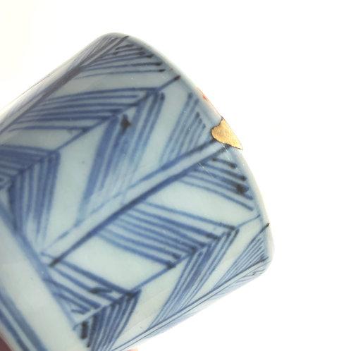 KINTSUGI Old-Imari Choko Soba Cup A (Arrow Feather pattern)