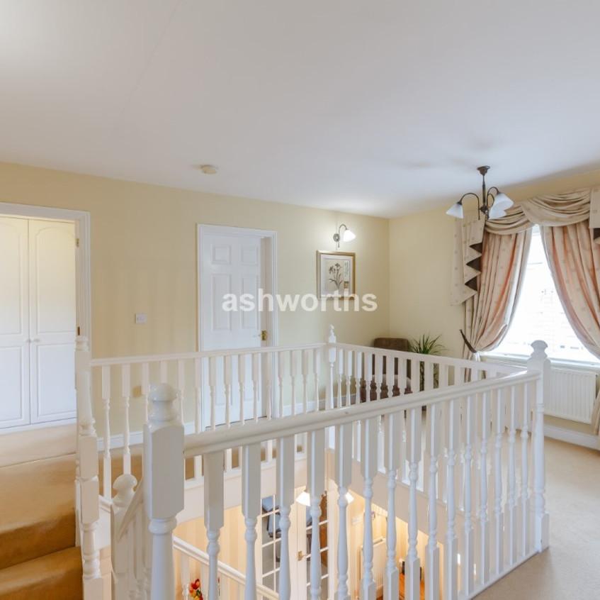 8417422-interior10-800